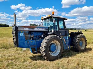 Ford Versatile 846 4WD Tractor