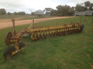 Under Auction - (A137) - 18 Plate Connor Shea Disc Plough - 2% + GST Buyers Premium On All Lots