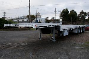 New Dunstan Tri Drop Deck 45' 13730 with Machinery Ramps