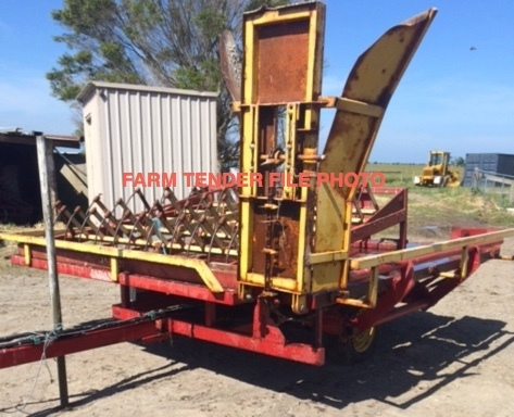 WANTED SMALL BALE ACCUMULATOR WITH BALE GRAB