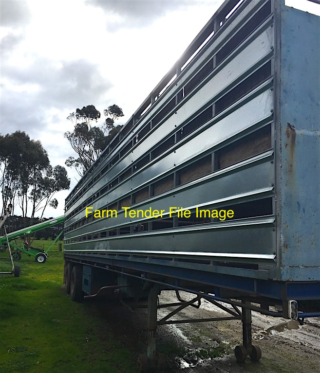 WANTED - Bogie Axel Trailer with 40' x 2 deck Stock Crate