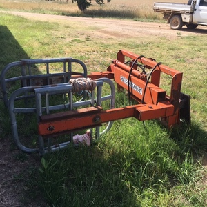 CHALLENGE Bale/Silage Grab. Good Condition.