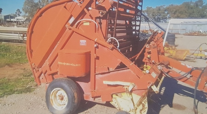 WANTED New Holland 850 Round Baler