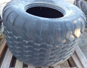 700/45-22.5 Baler tyres Suit Case or NH Baler