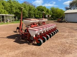 Kverneland Optima - Precision Drill (8 Row - 500mm spacing Corn Planter)