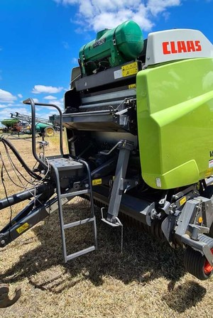 Under Auction - 2016, Claas Variant 360 Round Baler - 2% + GST Buyers Premium On All Lots