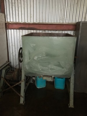 Grain and Feed Mixer