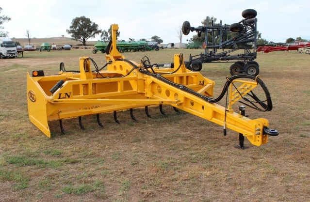 PMM SAVE 5% OFF LISTED PRICE ON S, HOULE LN16 LAND LEVELLER