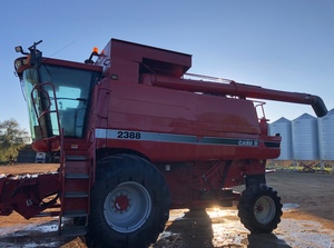 2004 Case IH 2388 Header with 36ft Draper Front