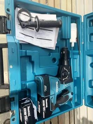 Under Auction - Under Auction (A126) - NEW Makita DHR243 Rotary Hammer  (Tooborac) - 2% + GST Buyers Premium On All Lots