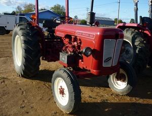 David Brown 880 Tractor
